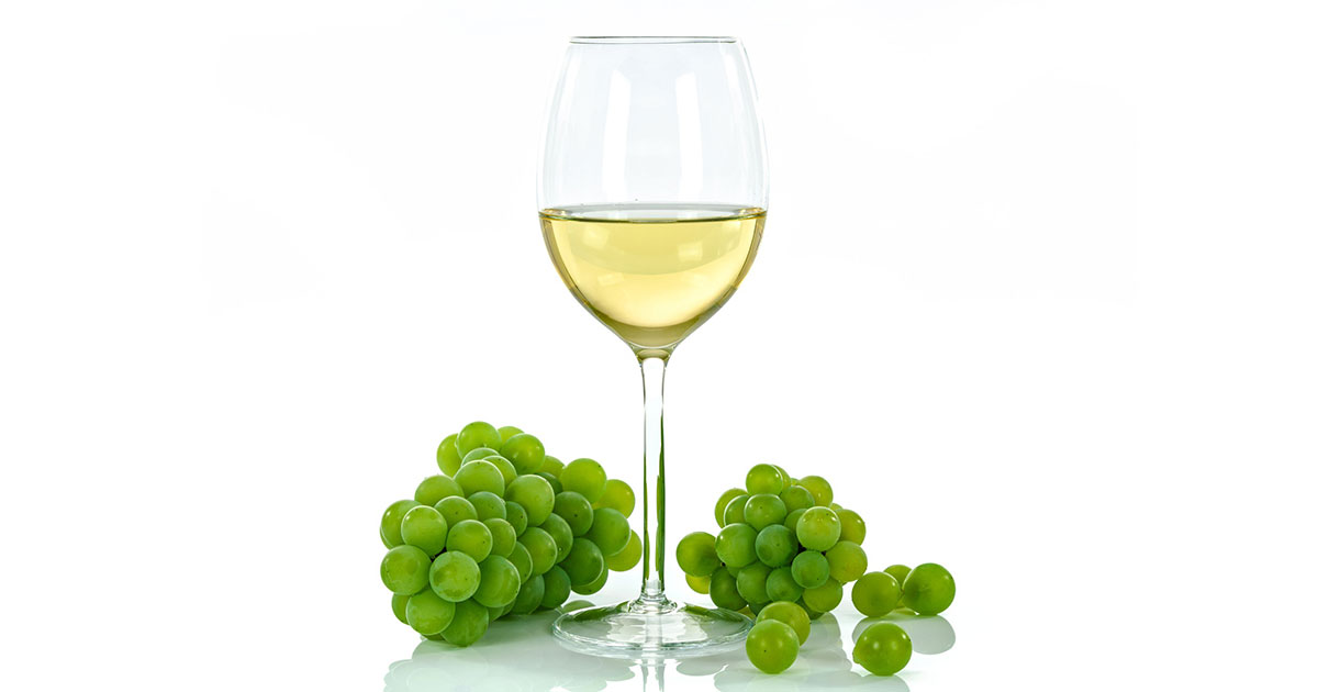 Explore 8 Famous White Wine Grape Varieties • City Vineyard
